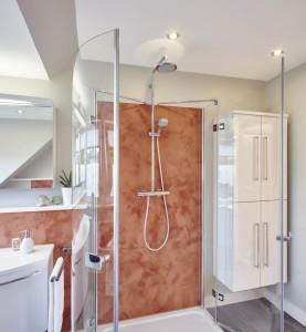 Wandplatten in der Dusche